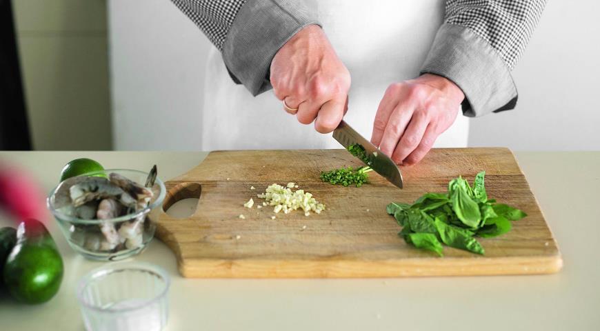 салат с креветками