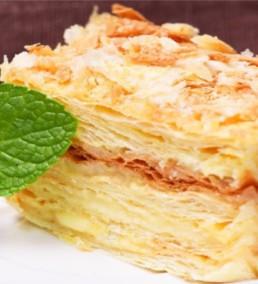 Торт «Наполеон» — очень вкусно всем — дети обожают его